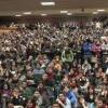 La lotta degli studenti tra le rovine dell'università