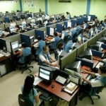 "Singolarità nei call center: l'esperienza di due operatrici. ""To be or not to be teleseller? This is the problem!"""