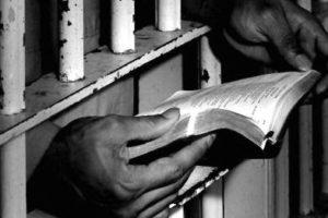 Una eco dal carcere, da Gramsci ad Öcalan: la libertà è donna
