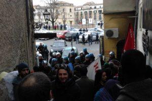 Renzi e Cosenza: storia di un coito interrotto