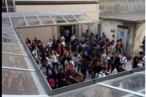 """Cosenza, occupato il Liceo Scientifico """"E.Fermi"""", oggi pomeriggio corteo di protesta (AUDIO)"""